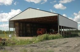Hay shed - Warren, MB