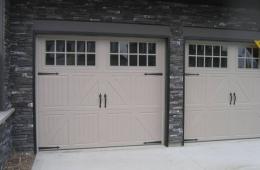 Residential garage overhead doors