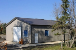 Metal garage - Petersfield, MB